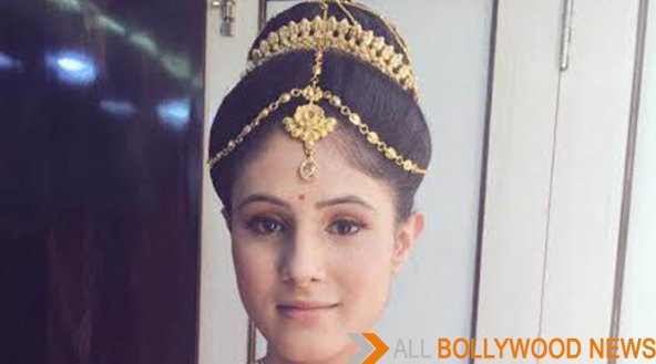 Story On Saanvi Talwar From Chandra-Nandni