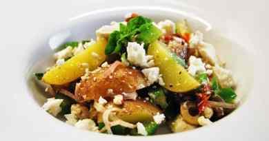 Paprika-Kartoffel-Salat – mit Schafskäse