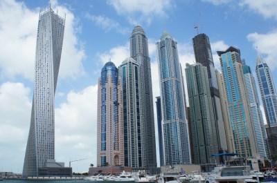 De Dubai Marina en de Dubai Marina Walk in Dubai