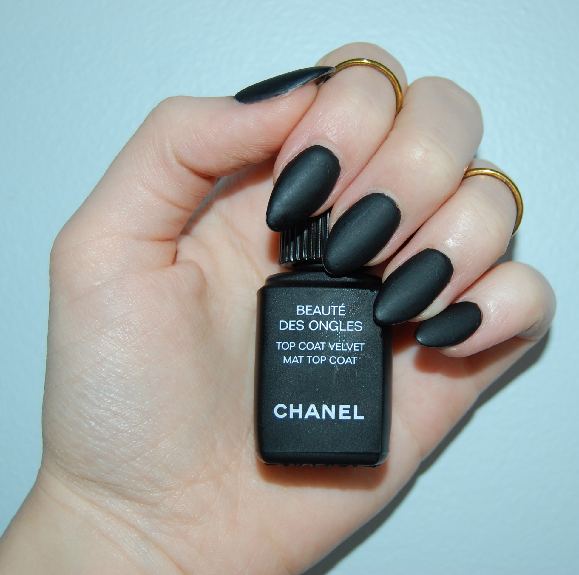 chanel velvet mat top coat