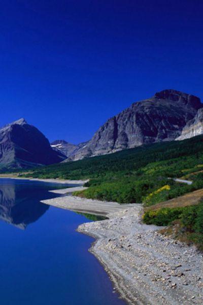 Mountain View iPhone Wallpaper HD