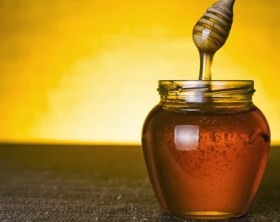 40 WAYS HONEY CAN SAVE YOUR LIFE TODAY & IN AN APOCALYPSE