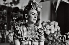 frida_kahlo_objetos_londres-movil