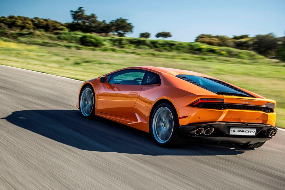 قوة المحرك والاداء للسيارة لمبرجيني هوراكان 2017