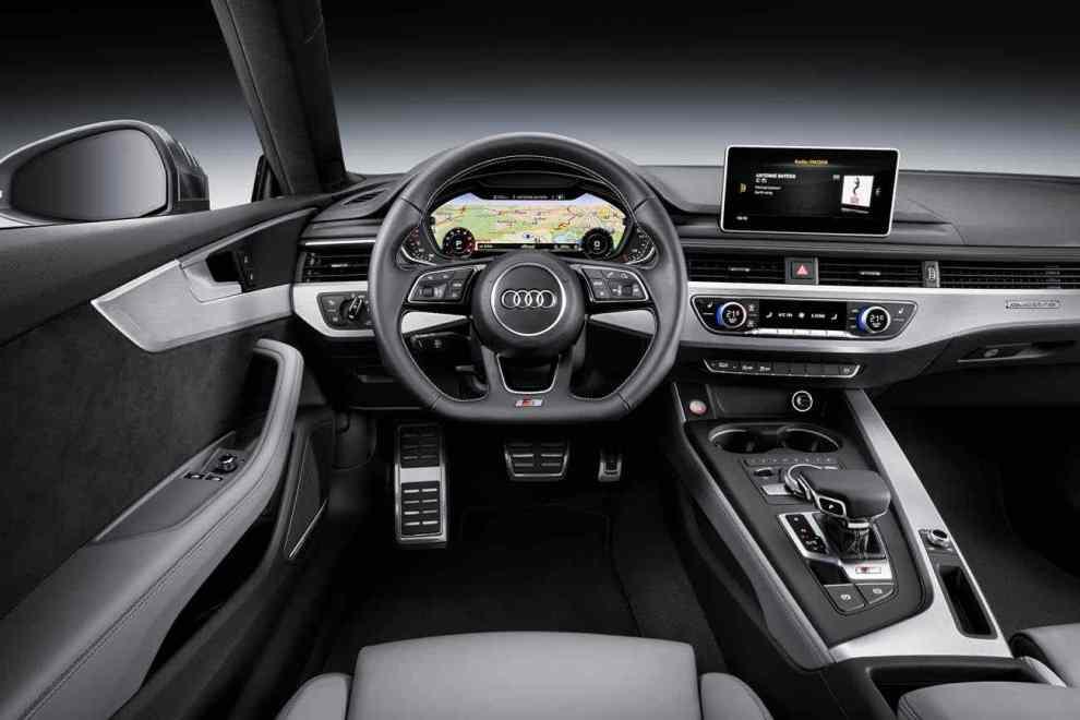 التصميم الداخلي للسيارة اودي S5 2017 كوبية