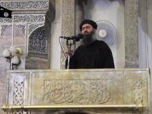 """بالفيديو: أول ظهور لـ """"الخليفة"""" الداعشي.. أبو بكر البغدادي"""