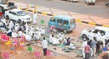 «إفطار الشارع» في رمضان.. تقليد سوداني أصيل