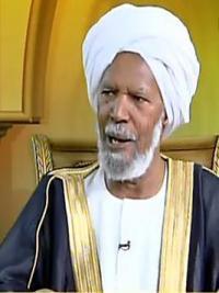 الشيخ محمد أحمد حسن: كتابة الآيات القرانية علي الملابس حرام شرعاً