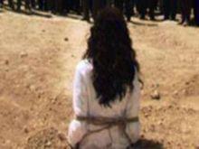 تنظيم الدولة الاسلامية يرجم امراة حتى الموت في وسط سوريا