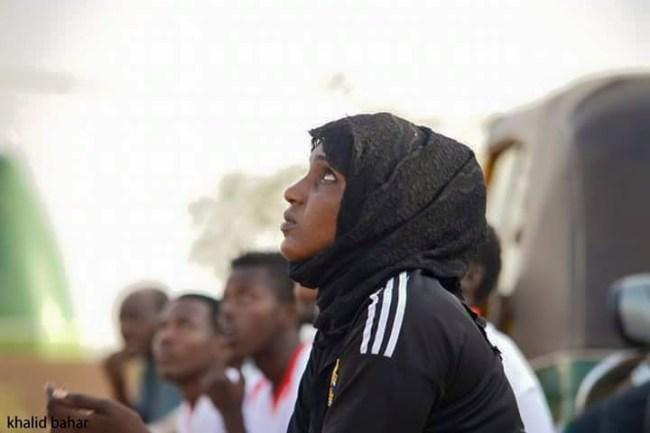 صور سيدة سودانية تدرب فريق كرة قدم رجالي بامدرمان تشعل فيسبوك %D8%B3%D9%84%D9%85%D9%89-%D8%A7%D9%84%D9%85%D8%A7%D8%AC%D8%AF%D9%8A1
