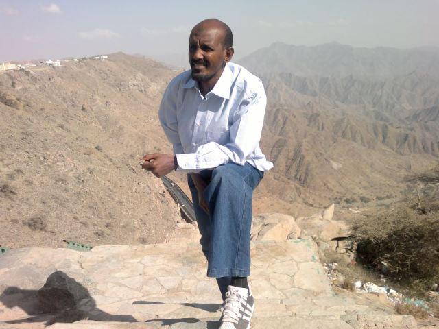 الفنان عصام محمد نور