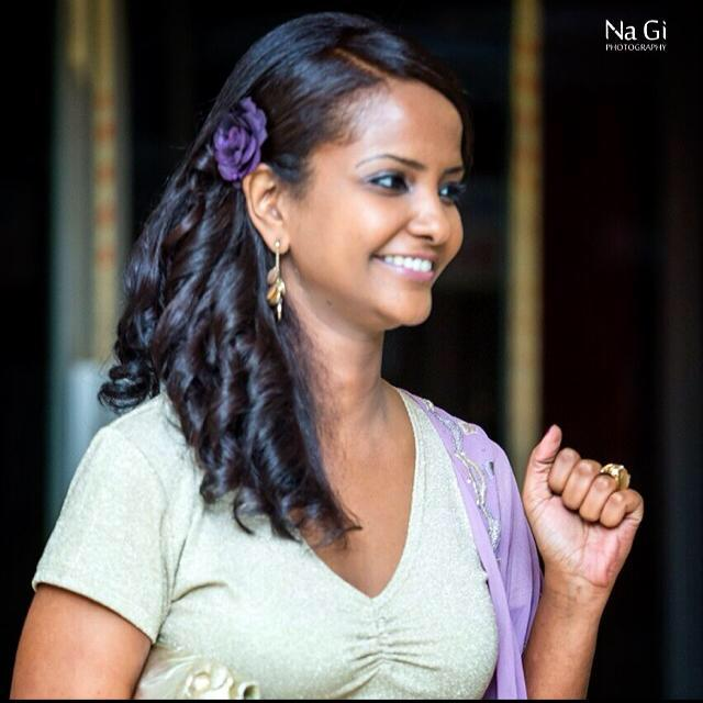 """الناشطة ساندرا فاروق كدودة تسحر رواد مواقع التواصل الاجتماعي بصورة تقول فيها """"حبة حركات ما بطال"""""""