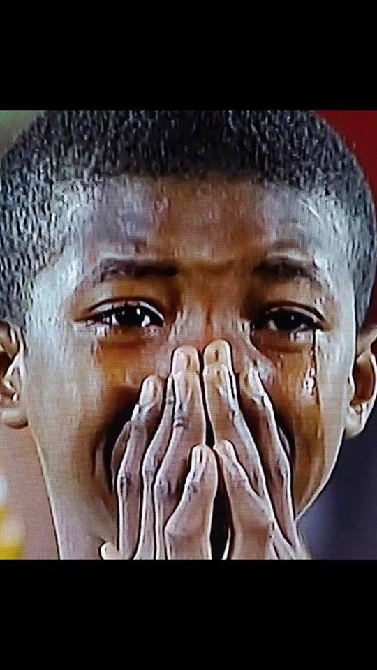 """دموع أبطال السودان """"الصغار"""" تملاً مواقع التواصل الاجتماعي.. وتثير اهتمام الأفارقة والعرب"""