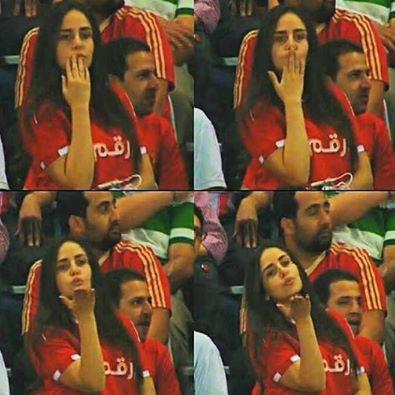 مشجعة الأهلي صاحبة قبلة مباراة «يانج»