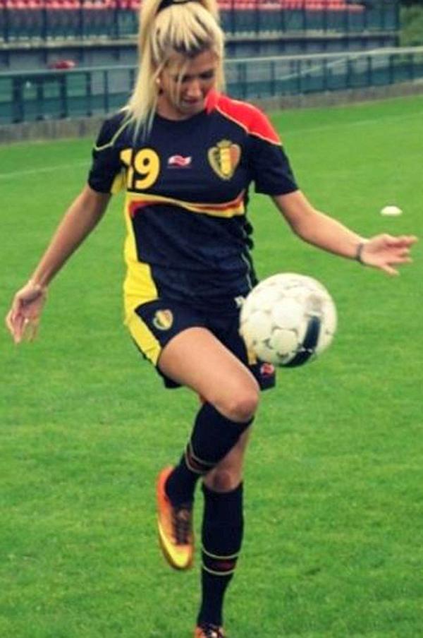 كاراسكو هي هابارت نومي، ملكة جمال بلجيكا لعام 2013.