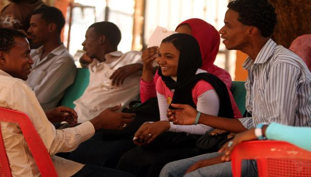 بطالة وغياب فرص.. شباب السودان تائهون