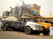 محاكمة «4» متهمين بتهريب بضائع للجنوب ومصادرة شاحناتهم