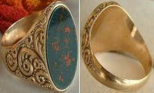 امرأة سويدية تعثر على خاتم ذهبي عمره أكثر من ألفيّ سنة