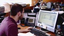 (5) نصائح لتفادي مخاطر الجلوس الطويل أمام الكمبيوتر