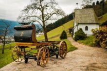 بالصور .. العثور على أول سيارة بورشه صنعت في التاريخ مخبأة في مستودع منذ عام