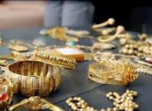 قبلة تقود الشرطة لكشف هوية لص متجر مجوهرات في باريس