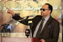 بالصوت انصاف مدني تغني للخندقاوي: أبو شريف الخندقاوي بيساعد الناس للكل بيساوي، للعطشان في الدوحة راوي، في دبي مسح البلاوي