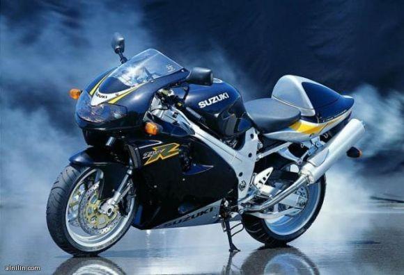 دراجة نارية من سوزوكى