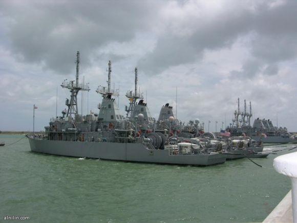 عمليات الألغام و تشمل سفن مهمتها الرئيسية الالغام في مياه المحيطات و البحار المفتوحة Mine Warfare