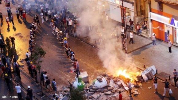 جانب من احتجاجات تركيا 16-6-2013م