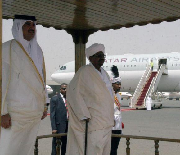 امير دولة قطر يصل السودان .. في زيارة رسمية تستغرق يوما واحدا