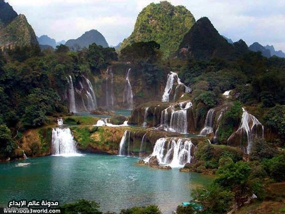 جمال الطبيعة صورة شلالات في الصين