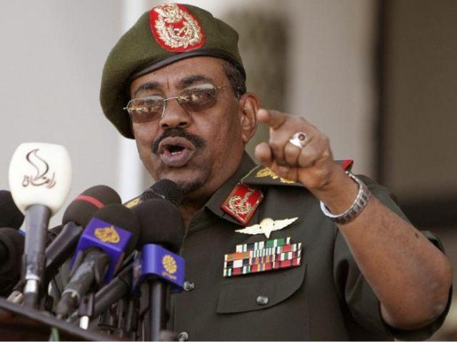 البشير: محاولات خارجية لفرض عزلة دولية على السودان .. الطاهر: سابقة انفصال الجنوب يجب ألاّ تتكرر في القارة