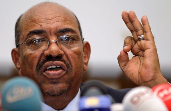 البشير يخاطب السودانيين في ذكرى الاستقلال