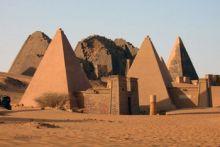 مهرجان جبل البركل السياحي الدولي تظاهرة تراثية لاظهار البعد التاريخي للسودان
