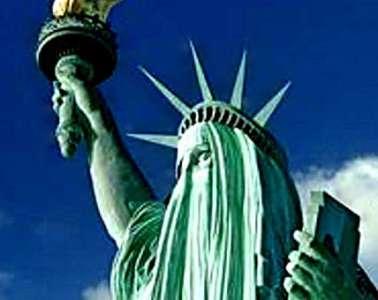 statue-of-liberty-burqa