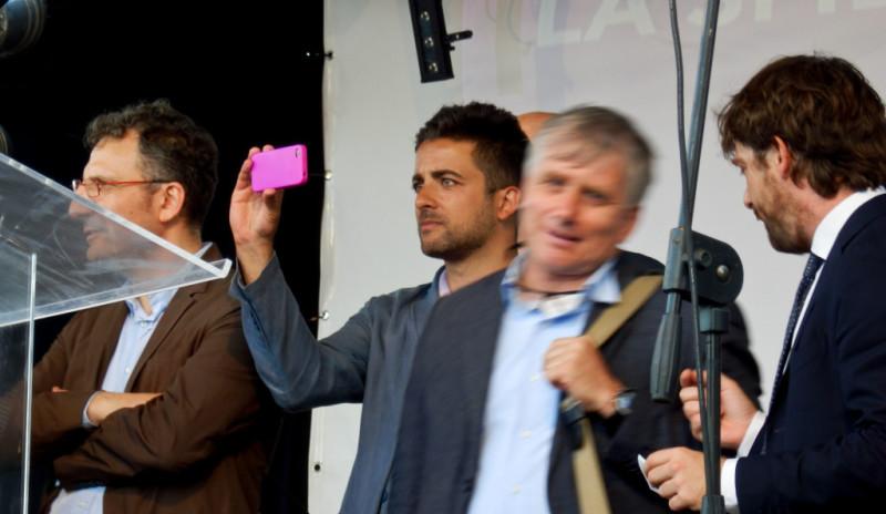 """Barbara Spinelli: """"ma vi pare che mandavo a Strasburgo uno con l'Iphone fucsia?!"""""""