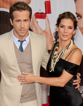 ryan reynolds sandra bullock 280356 Sandra Bullock and Ryan Reynolds Spark Dating Rumors