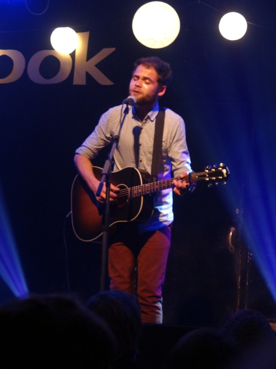 "PASSENGER SINGS ""LET HER GO"" IN THE ICONIC ONAIRSTREAMING TRAILER, AUSTIN TEXAS"