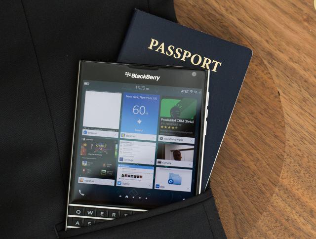 مراجعة BlackBerry Passport: إبداع يا بلاك بيري