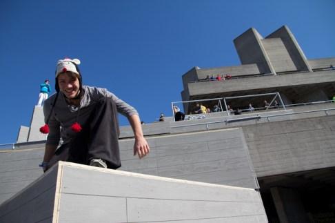 jason paul smiles at art of motion london