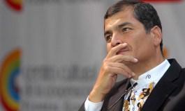 ¿Busca quedarse en el poder Rafael Correa? por Reyes Theis