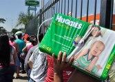 Grupo de madres protestaron en Cumaná por falta de medicinas y pañales