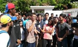 Reportan 10 estudiantes heridos por manifestación en Cumaná (Fotos)