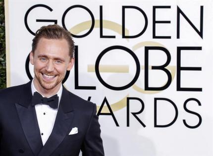 Tom Hiddleston en la ceremonia de los Golden Globes 2017