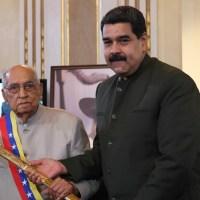 Juan Vicente Torrealba fue condecorado en Miraflores por su centenario