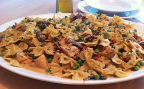 Chicken and Farfalle Pasta in a Roasted Garlic Cream Sauce 288x179 Chicken and Farfalle Pasta in a Roasted Garlic Cream Sauce