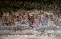 Раскопанные маски в одной из ниш у пирамид. Ушмаль.