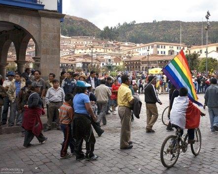 Протестующие перуанцы.