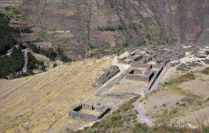 Стены домов Каллакасы. Руины Pisac.