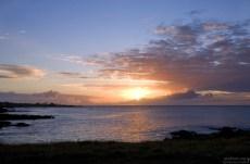 Закат острова Пасхи.